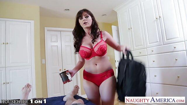 彼女の猫にディルドを運転し、エクスタシーの準備をしているメガネを持つ成熟した主婦。 女性 の 為 の エロ ビデオ