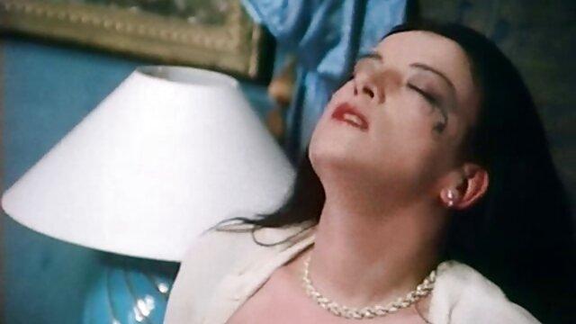 かわいい若いレズビアンはピンクのディルドでfondledです。 女性 向け アダルト ビデオ