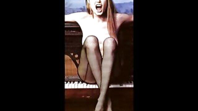 若いレズビアンシーン良い性別によるプール 無料 アダルト ビデオ 女性