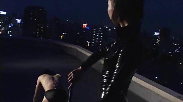 ブルネットと口の仕事吸い男dicksに 女性 向け の アダルト ビデオ