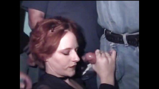 Aスキニーチェコの女の子の削pubisは弄. 女性 の ため の 無料 アダルト ビデオ