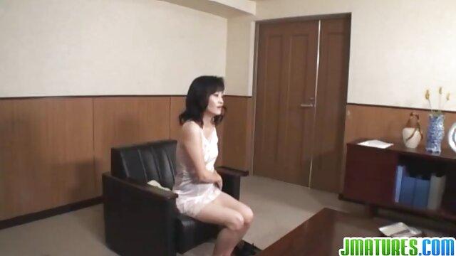 繊細なcunnilingusとお尻なめによって女の子はハードセックス 女性 の 為 の 無料 アダルト ビデオ
