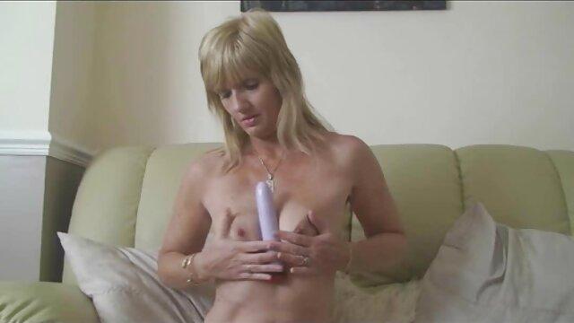レズビアン足フェチとつま先吸いと足lickingめている彼女 アダルト ビデオ 女性 向け