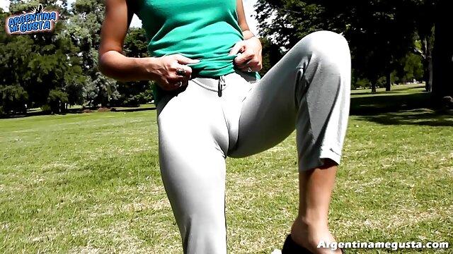 巨乳を持つ堕落した熟女は、彼女のパートナーと大きな性交を持っています。 女の子 の ため の アダルト ビデオ