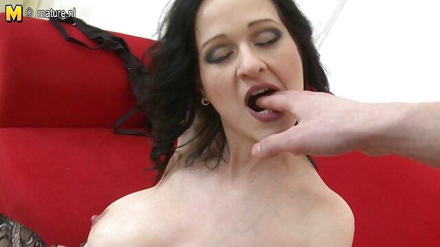 若いアマチュア妹クレイジーでベッドとともに紳士と大好きへ精液で彼女の滑り 女性 の 為 の アダルト ビデオ