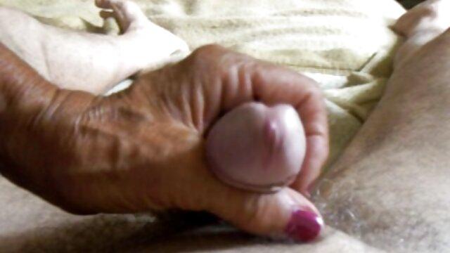 ポルノビデオは膣を引き締めます。 女の子 向け アダルト ビデオ