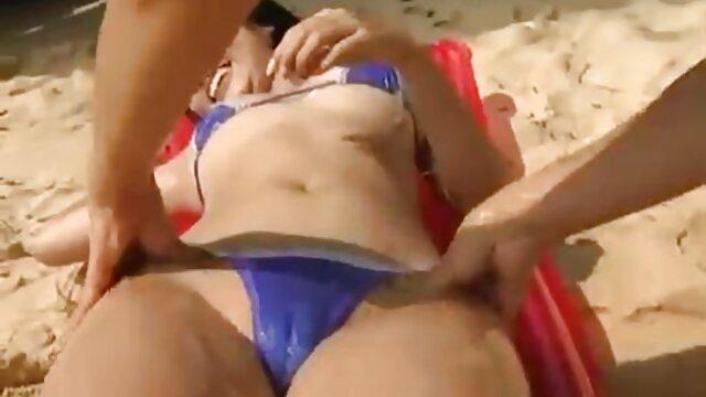 赤毛の女の子の成熟した姉妹にいくつかの方法で彼氏にベッド 女の子 用 エロ ビデオ