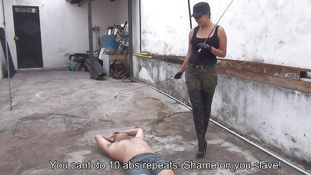 複数のセックスシーンで堕落した大人のポルノモデル 女性 の ため の アダルト ビデオ
