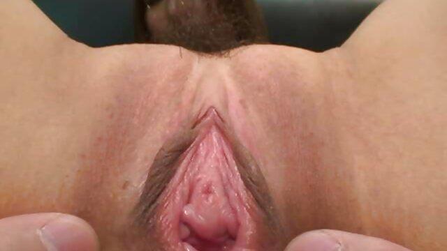 巨乳の成熟したブロンドのお尻のおっぱいとお尻に入れてください。 女 用 アダルト ビデオ